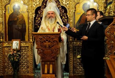 """Revista presei, 8 octombrie: prima reactie a Bisericii Ortodoxe Romane dupa invalidarea referendumului: """"Un succes nedeplin"""""""