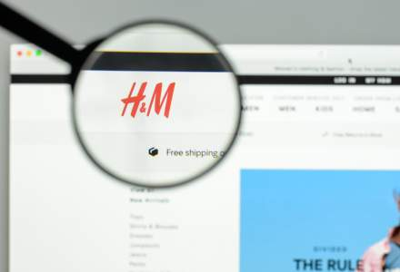 Fashion si fintech: H&M, parteneriat de 20 milioane de dolari cu procesatorul de plati online Klarna