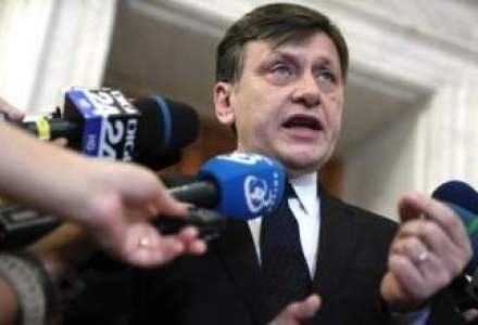 Antonescu: Criza politica nu afecteaza discutiile cu FMI