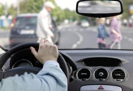 4 din 10 soferi declara ca li s-a intamplat sa nu vada un pieton la timp din cauza ca nu erau atenti la trafic
