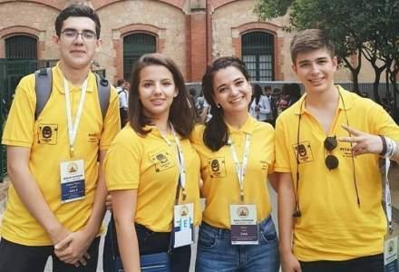 Trei elevi din Bucuresti s-au calificat la Turneul Campionilor World Scholar's Cup din Statele Unite si cauta finantare pentru a participa