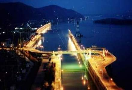 Contractele directe si managementul deficitar, printre motivele intrarii Hidroelectrica in insolventa