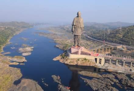 Cea mai inalta statuie din lume a fost inaugurata in India si deja a stranit controverse. VIDEO