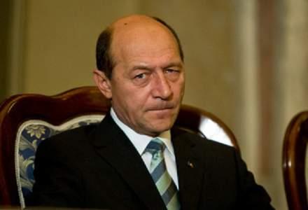 Revista presei 8 noiembrie: Traian Basescu a ramas fara cetatenia moldoveneasca