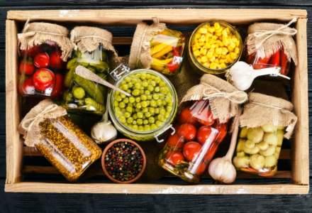 Painea si legumele, alimentele preferate ale romanilor. Cata carne consumam pe luna?