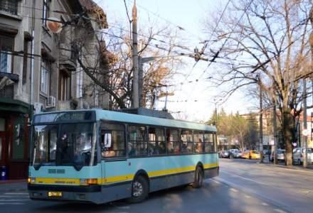 """Plata transportului in comun cu telefonul mobil: Sibiul intra in """"hora"""", in timp ce Bucurestiul nu da semne sa evolueze"""
