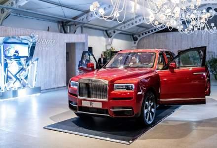 VIDEO: Primul SUV creat de Rolls-Royce a debutat in Romania