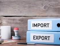 Exporturi versus importuri:...