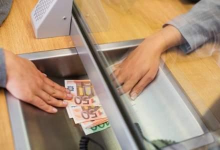 Curs valutar BNR astazi, 21 noiembrie: leul se apreciaza in raport cu euro, dar revine pe scadere fata de dolar