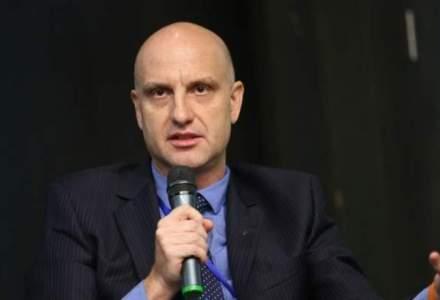 Dragos Petrescu, HORA: Avem dificultati sa mentinem calitatea si serviciile in restaurante din cauza fortei de munca slab pregatite