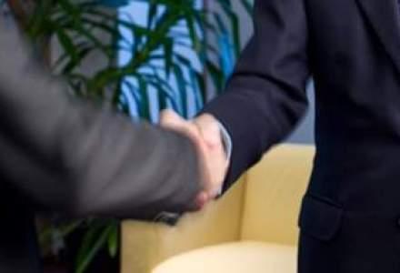 Parteneriat intre Carpatica si reteaua de service-uri Dacia-Renault pentru instrumentarea rapida a daunelor