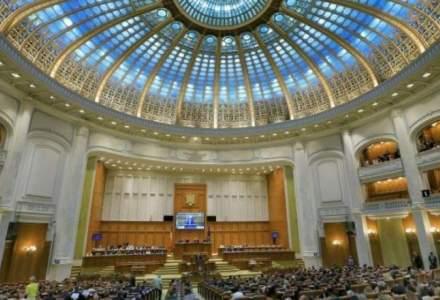 Scandal in plenul Camerei Deputatilor. PNL forteaza revocarea lui Dragnea, Iordache suspenda sedinta