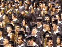 Studentii greci lasa SUA,...