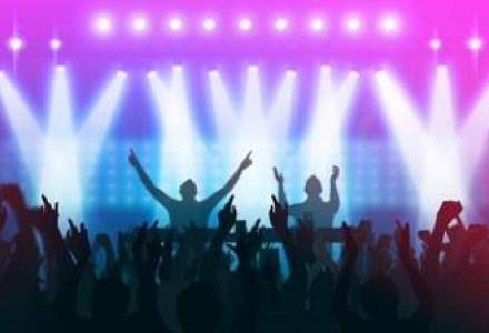 Lupta cu evaziunea fiscala: Grecii care merg in cluburi vor plati impozite mai mici