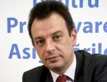 Adamescu renunta la...
