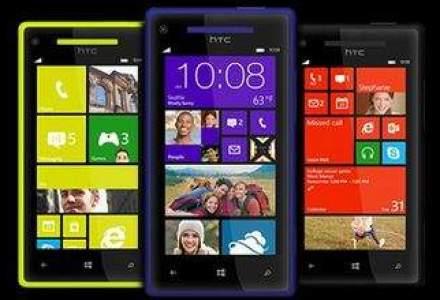 HTC a lansat doua smartphone-uri cu Windows Phone 8