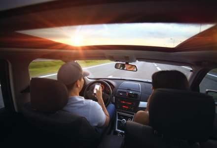 Studiu: Nesemnalizarea la schimbarea directiei, viteza excesiva si folosirea telefonului mobil la volan, ii deranjeaza pe participantii la trafic