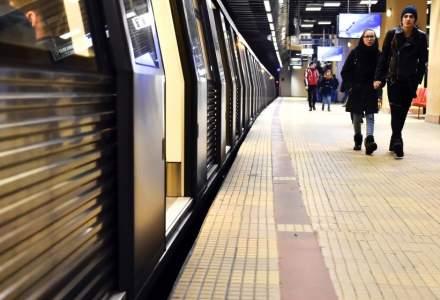 Programul Metrorex in perioada sarbatorilor de iarna: trenurile circula ca in zilele de weekend si sarbatori