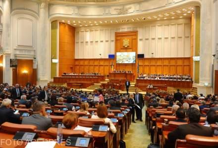 Motiunea de cenzura la adresa Guvernului a cazut. Viorica Dancila, la dezbatere: Voi schimba oricati ministri va fi nevoie!