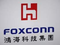 Nikkei: Foxconn si Sharp...