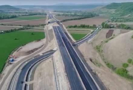 Revista presei 8 ianuarie: peste 100 de kilometri de autostrada anuntati in 2019