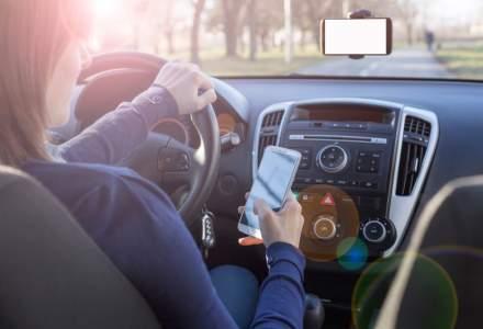 MAI schimba regulile: Poti ramane fara permis o luna daca esti surprins cu telefonul in mana la volan