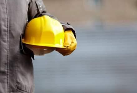 Minerii aflati in greva vor primi majorari salariale de 12%, dar numai dupa ce reiau lucrul in cariere