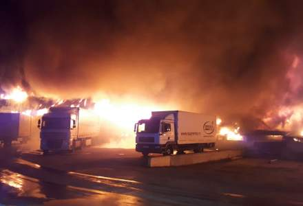 Incendiu la o hala de productie de condimente din Alba Iulia