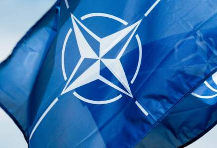 Statele membre ale NATO au semnat protocolul de aderare a Macedoniei