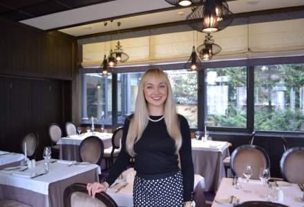 """La 26 de ani conducea un hotel in Londra, dar s-a intors in Romania cu o misiune: """"Vreau sa schimb mentalitatile in industria serviciilor"""""""