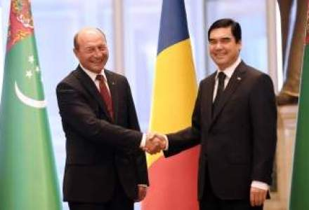 Cu Traian Basescu in Turkmenistan, tara unui singur om