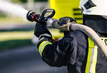 Mesaj de avertizare RO-Alert: Incendiu la depozitul Remat din comuna Afumati. Ramaneti pe cat posibil in incinte si nu va expuneti la fum