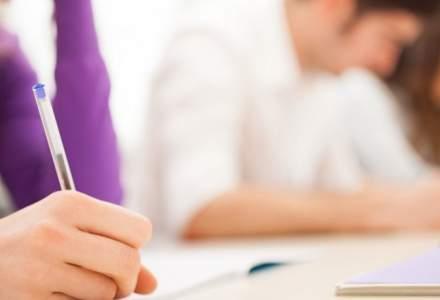 Premiera. Simularea pentru Evaluarea nationala va fi sustinuta si de elevii claselor a VII-a