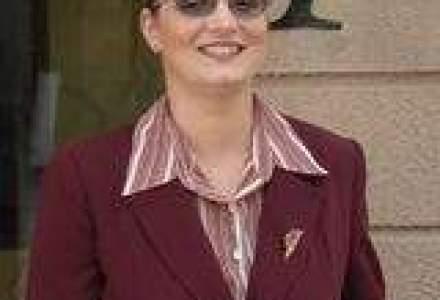 Cristina Pasat, Professional: `Stilul natural al femeilor nu le recomanda pentru pozitii de conducere`