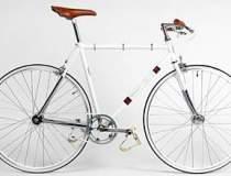Gucci pregateste o bicicleta...