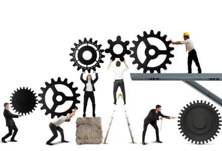 Tendinte in piata muncii: companiile isi schimba prioritatile din cauza incertitudinilor economice