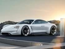 Sportiva electrica Porsche...