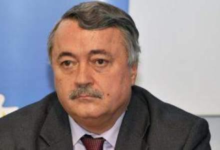 Ministerul Economiei vrea sa-l suspende pe Aurel Saramet din functia de presedinte FNGCIMM