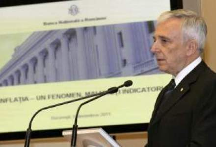 Isarescu se declara invins in lupta cu inflatia, cel putin pana in semestrul doi 2013