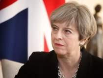 11 ministri vor ca Theresa...