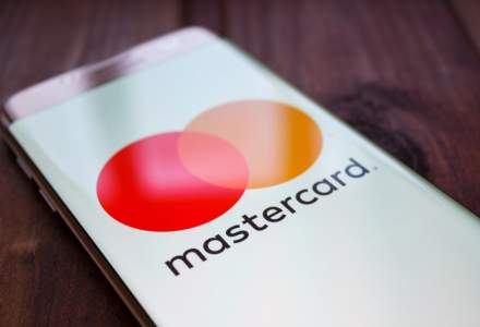 Studiu Mastercard: Platile mobile, din ce in ce mai populare in discutiile din social media