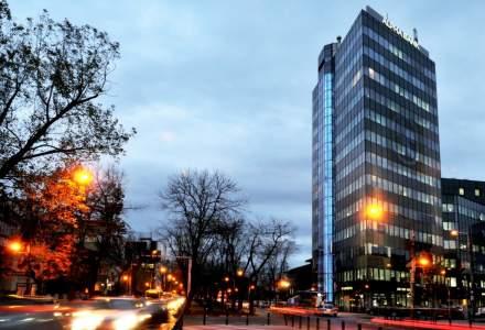 (P) Impreuna de 25 de ani! Alpha Bank, prima banca straina care intra pe piata din Romania