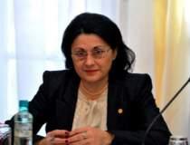 Ecaterina Andronescu vrea...