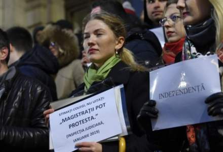 "Magistratii romani protesteaza la Bruxelles: ""Today is about Romania. Tomorrow it may be about others. You must act now"""