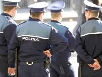 Un politist a fost obligat sa...