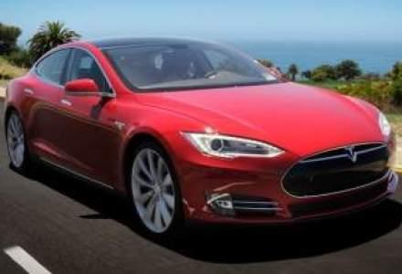 Sedanul electric Tesla Model S, desemnat masina anului de Motor Trend