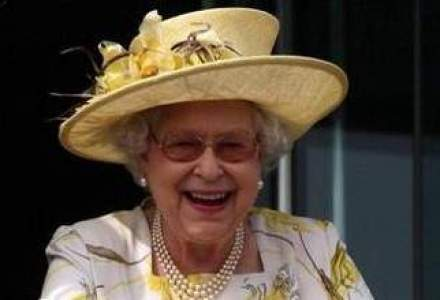 Regina Marii Britanii trece in era digitala: va adauga o tableta la Colectia Regala