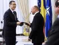 Basescu il persifleaza pe...