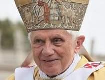 Papa contesta anul nasterii...