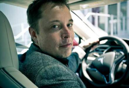 Elon Musk lanseaza anul viitor taxiurile autonome si in doi ani o masina fara volan si pedale